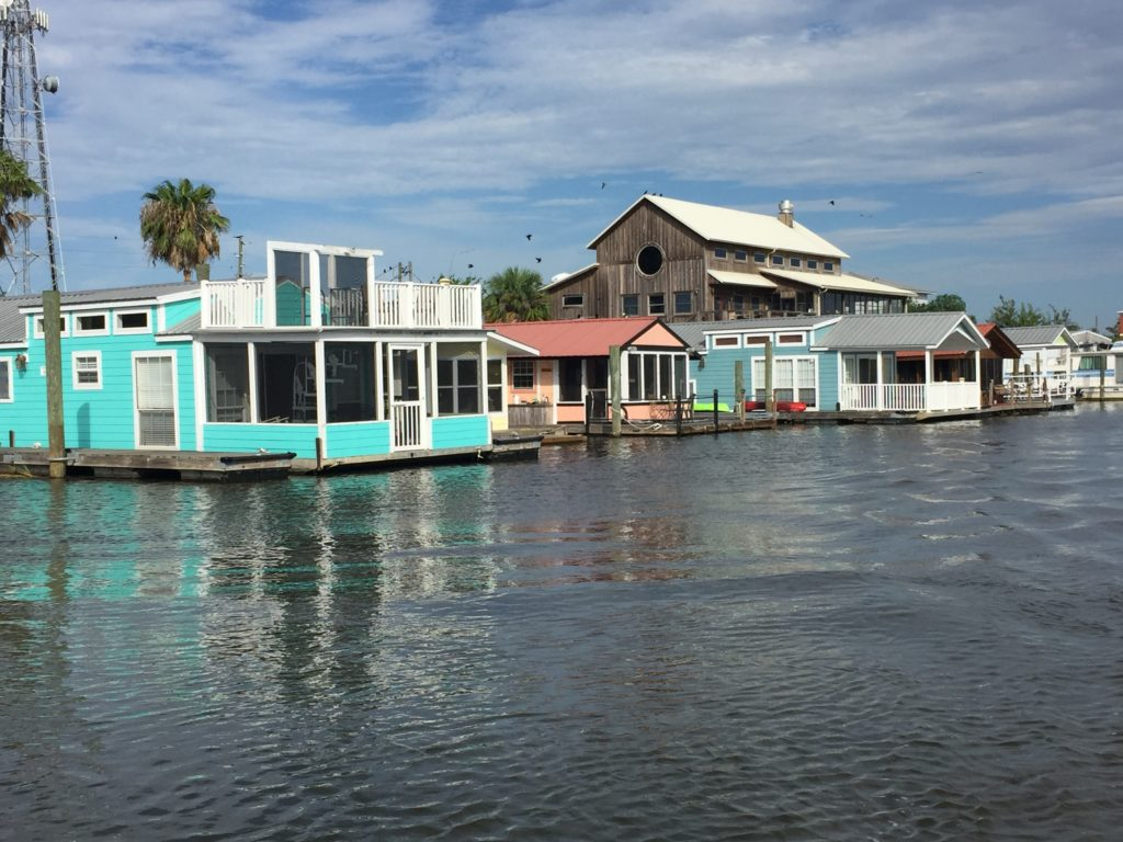 Houseboats at River Watch